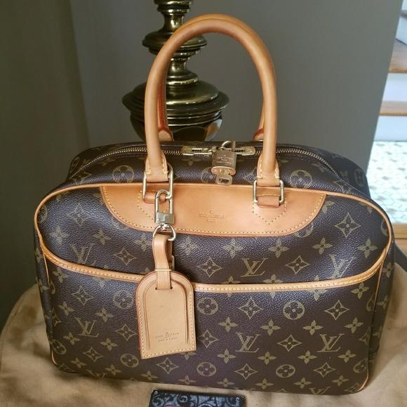 Louis Vuitton Handbags - Authentic Louis Vuitton Deauville